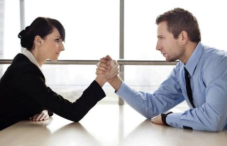 Tre punti essenziali per risolvere i conflitti tra dipendenti