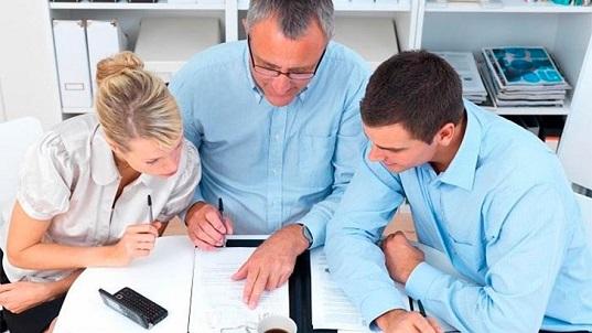 In cosa si differenza un' impresa familiare?